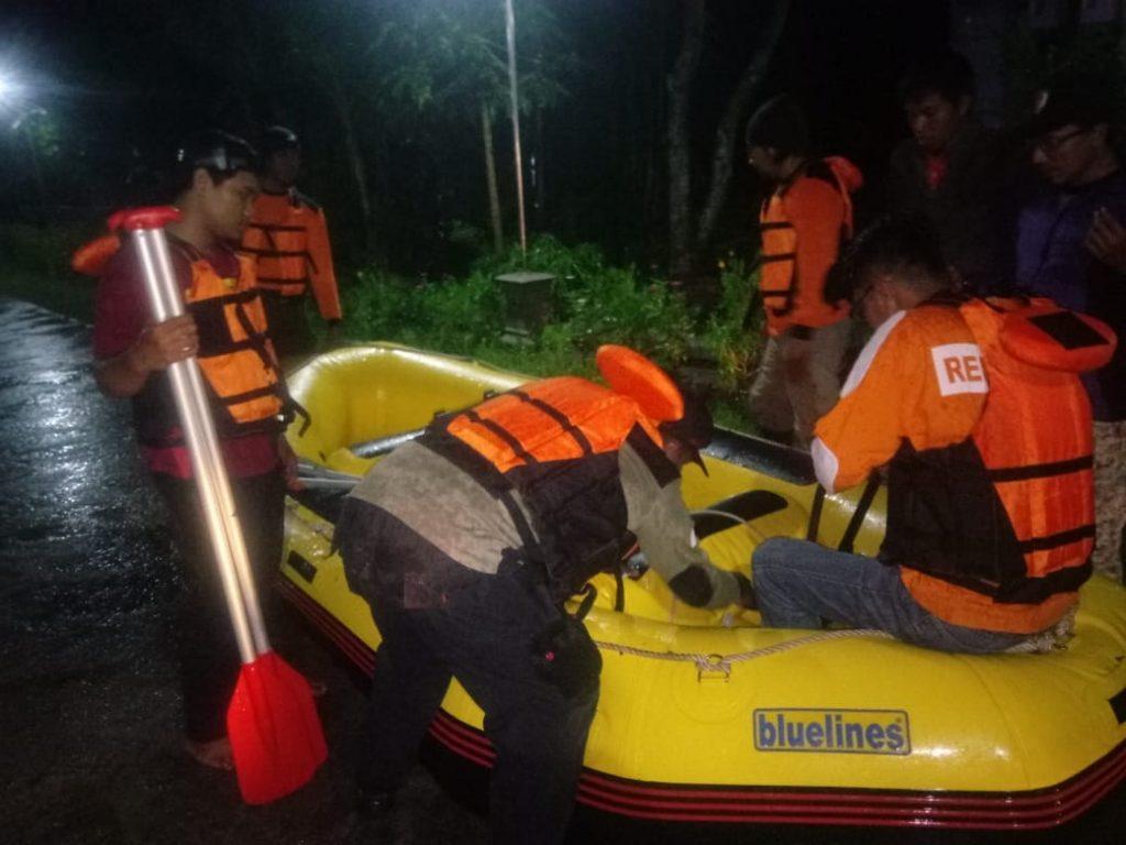 Tanggap bencana Banjir Relawan Muda